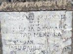 Ragamu Musnah Tapi Tjahaja Djiwamu Tetap Menjala. Tugu Pahlawan Tani (Aron). Mengenang Peristiwa 30 Mei 1942. (Foto oleh Ricky Tarigan)