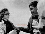 Mieke Wijaya dan Ahmadi Hamid dalam Film Piso Surit (1960)