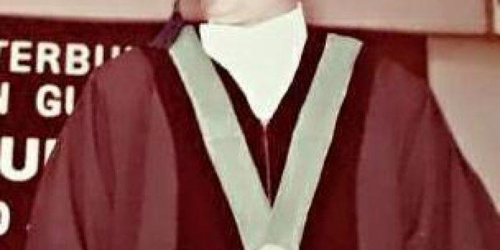 Prof. Dr. Henry Guntur Tarigan